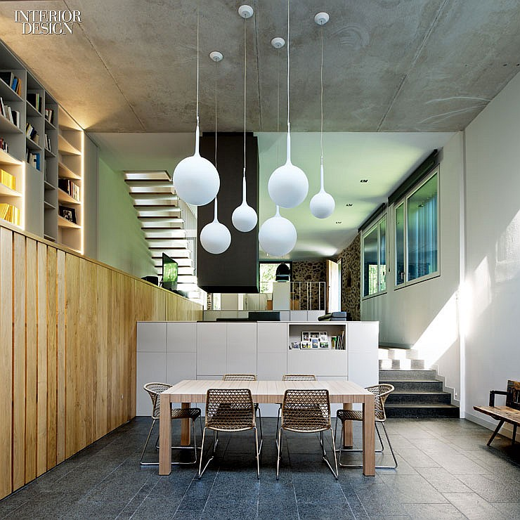 thumbs_71864-dining-room-santa-pau-house-sausriballonch-architects-0214.jpg.1064x0_q90_crop_sharpen