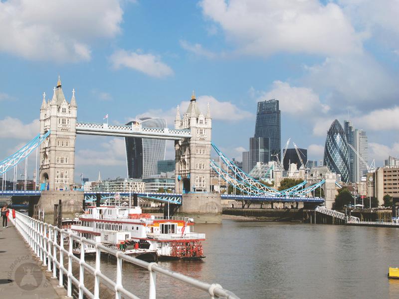 skyline3-london-moscaluna