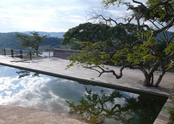 gota-dam-residence-muzia-sforza-studio-seilern-architects-residential-architecture-east-africa-granite-timber_dezeen_1568_3